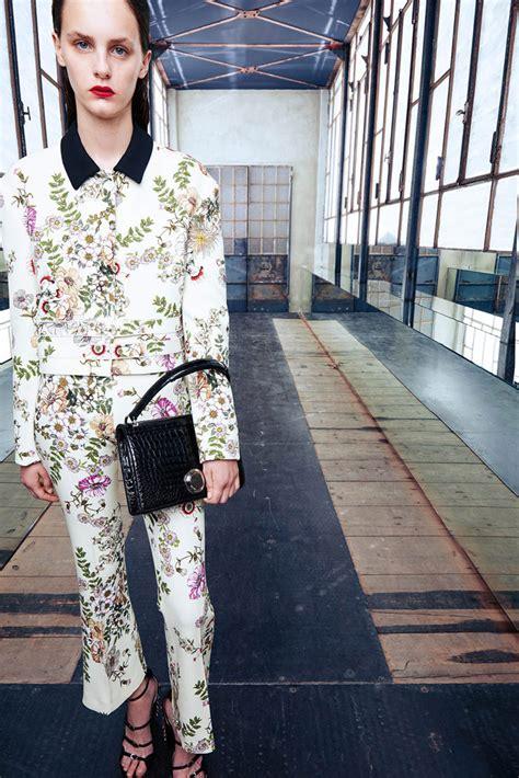 Kate And Delta Goodrem In Giambattista Valli Who Wears It Better by Kate Bosworth In Giambattista Valli In Nyc Tom Lorenzo