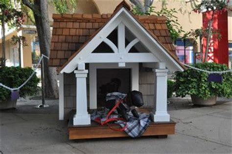 dog house shingles craftsman style doghouse made of cedar shingle siding and ipe wood flooring it s