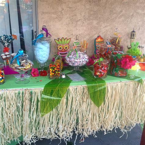 Hawaiian Table Decorations Ideas by Luau Table Buffet Hawaiian Buffet