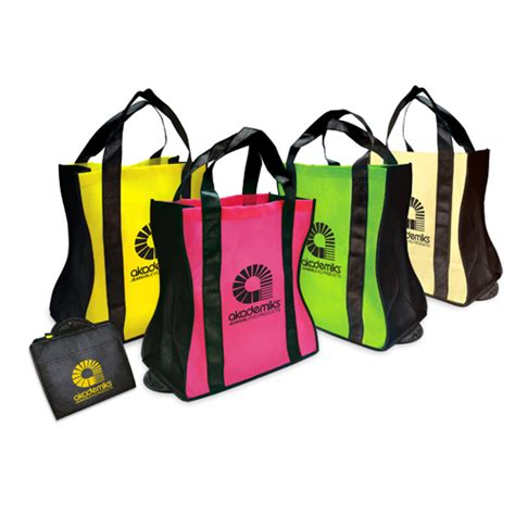 Eco Friendly Um Tote It Or It by Green Giveaways Eco Friendly Giveaway Going Green Gift