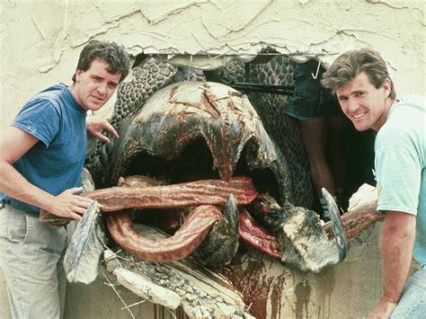 film giant worms 31 days of horror behind the scenes of tremors 1990