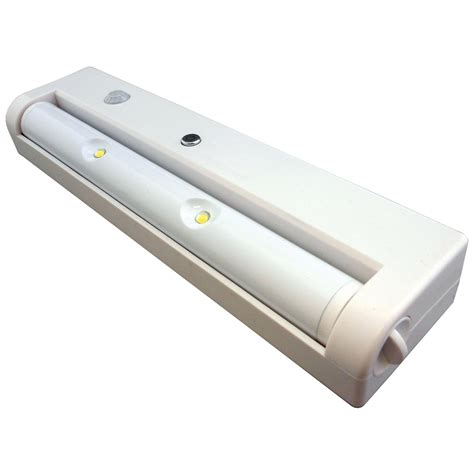 High Output Led Under Cabinet Light With Motion Sensor Cabinet Led Lighting Motion Sensor