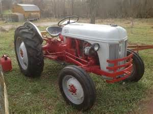 1948 ford 8n 2013 12 02 tractor shed