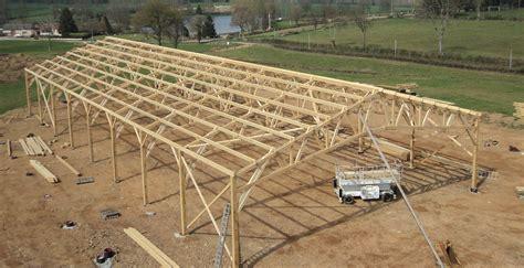 charpente hangar bois les charpentes de nos b 226 timents et hangars agricoles en