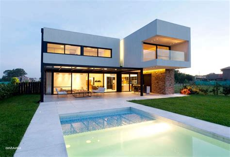 Ultra Modern Home Design by Imposing A House In Argentina Ranking High In