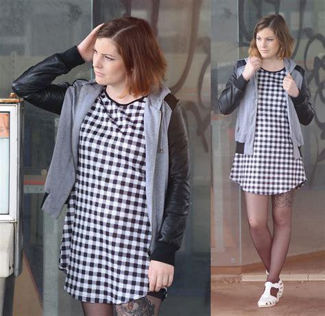 Elaine Crop Top Black Zara Topshop Hm Asos F21 Forever21 Pullbear honey mac accessorize bag monki skirt