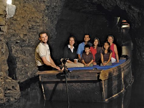 boat ride niagara falls ny lockport cave underground boat ride niagara falls usa
