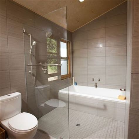 Unique Bathtubs And Showers by Interesting Shower Tub Combo Bathroom Unique Bath Layout