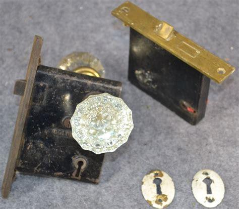 Brass Door Knobs Ebay by Glass Door Knobs Pair Brass Lock Set Escutcheon Antique