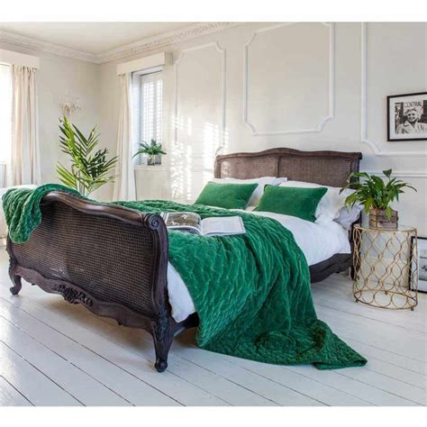 green bedroom decor best 25 emerald bedroom ideas on pinterest
