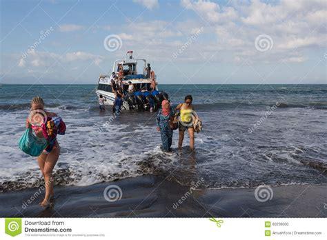 boat times from sanur to nusa penida maruti duta ii speed boat editorial image image 60238000