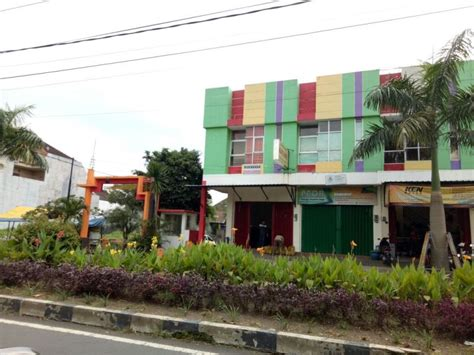 Rumah Di Raya Malang ruko dijual di jalan raya danau toba malang masuksini