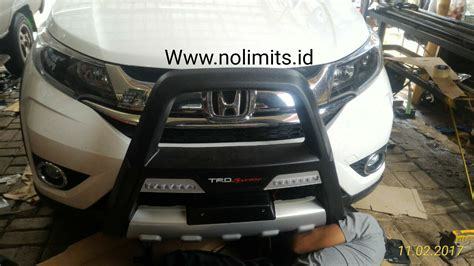 Tanduk Bumper Depan Model Fortuner A Ertiga tanduk bumper depan honda brv model sportivo with drl eco fortuner no limits