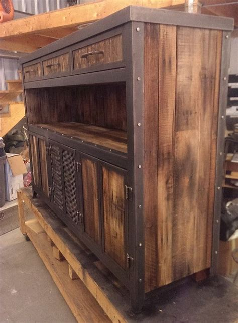 Industrial Style Bar Cabinet 1000 Ideas About Reclaimed Wood Furniture On Pinterest Wood Furniture Threshing Floor And