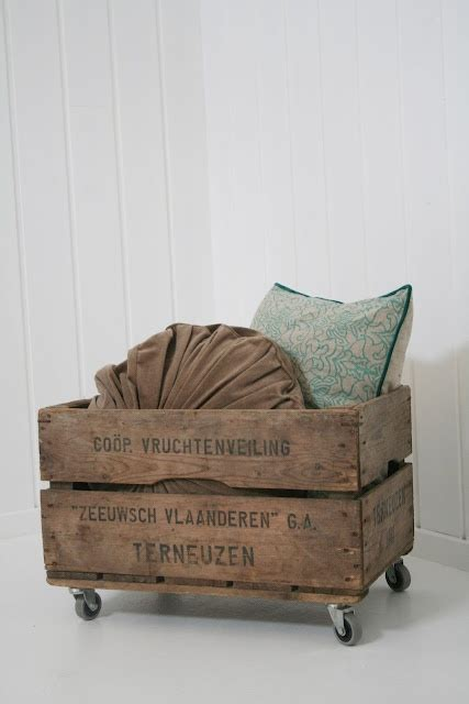 comforter storage ideas 1000 ideas about blanket box on pinterest blanket chest