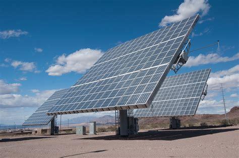 pembangkit listrik tenaga surya plts jendela den ngabei