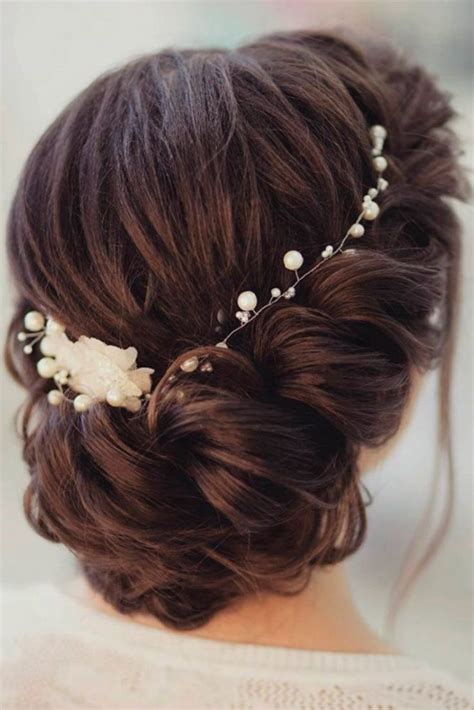 Wedding Hairstyles For Bridesmaids With Medium Length Hair by Best 25 Medium Wedding Hairstyles Ideas On