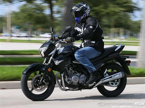 Gw250 Suzuki 2013 Suzuki Gw250 Moto Zombdrive