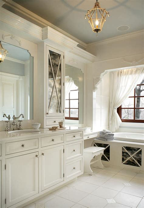 Amazing Pics Of Bathrooms #3: Fabulous-Traditional-Bathroom.jpg