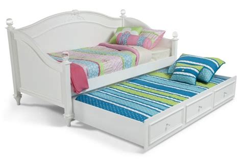 Madelyn Daybed With Trundle Daybeds And Daybed With Trundle Cheap Trundle Bed Sets