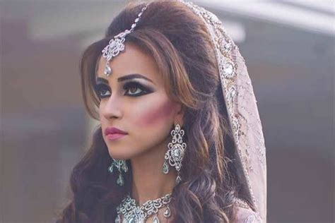 lehenga hairstyles for oval face top best beautiful hairstyles to try on saree oval face