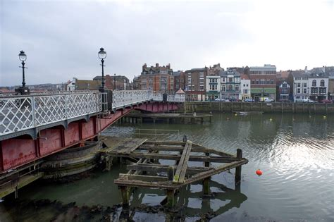 whitby swing bridge swing bridge over the river esk 7551 stockarch free