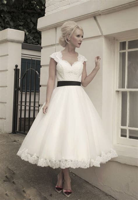 Wedding Dresses 50 by 25 Best Ideas About 1950s Wedding Dresses On