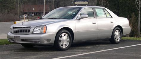 books about how cars work 2005 cadillac deville navigation system file 2005 cadillac deville jpg wikimedia commons