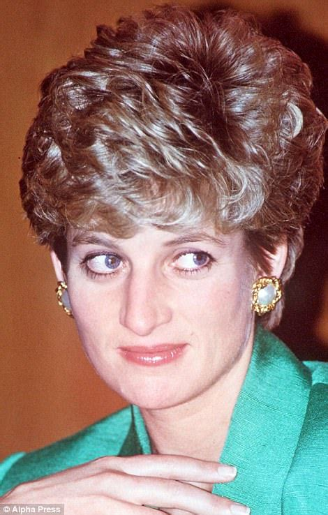 hairstyles for diana cut diana hairstyle that was her crowning glory daily mail