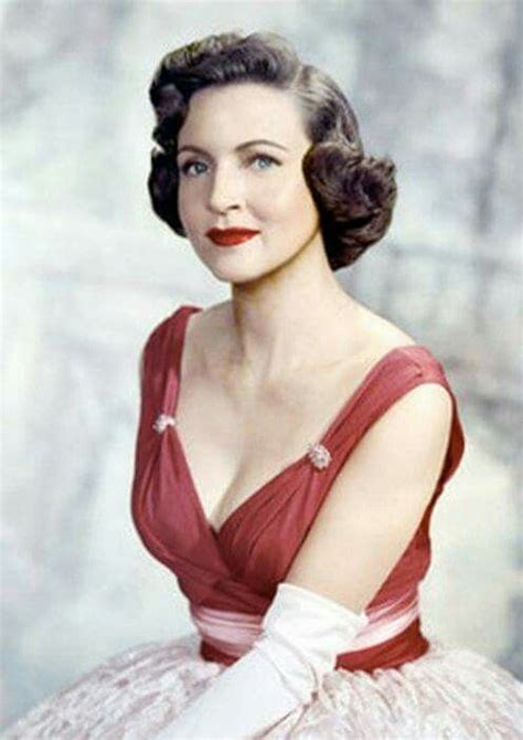 young betty white images pictures findpik betty white at 17 best images about people on pinterest tom selleck