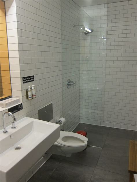 Shower Jfk by Review Atlantic Clubhouse New York Jfk Airport