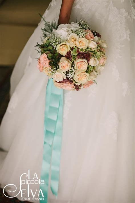 shabby chic bridal bouquet shabby chic wedding flowers on lake orta italy