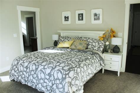 large master bedroom how to decorate a bedroom simply and with style