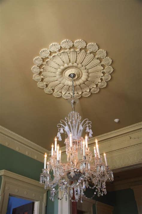 What Size Medallion For Chandelier What Size Medallion For Chandelier What Size Medallion For Chandelier Ceiling Medallions Www