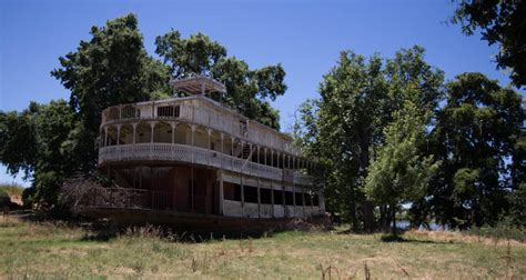 boat r west sacramento a riverboat that s not afloat the old spirit of