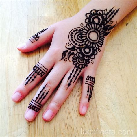 henna tattoo artist in the philippines 29 simple henna artist denver makedes