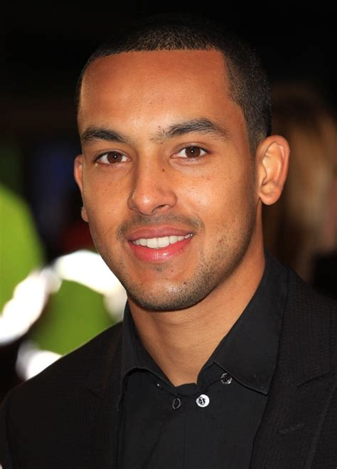 www theo theo walcott picture 9 the twilight saga s breaking dawn