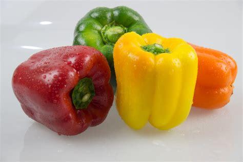 Paprika Kuning Sayur Sayuran Curah gambar menanam restoran makanan menghasilkan sayur mayur dapur sayuran kebun sayur
