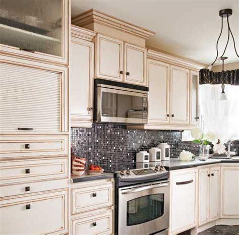 couleur pour armoire de cuisine peinturer armoire de cuisine en bois great couleur pour cuisine u ides de peinture