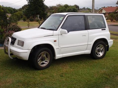 used suzuki vitara 2 0l 2 door hardtop 4x4 for sale in