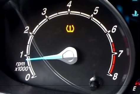 Reset Tire Pressure Light by Safety Tip Responding To The Tpms Light Top News Safety Top News Automotive