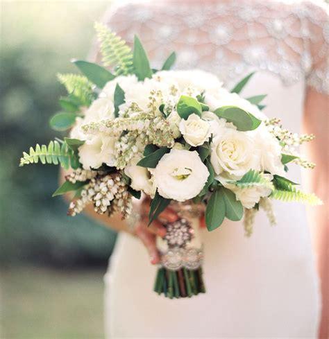 Handbouquet Goldwhite the palm springs wedding bridget mike