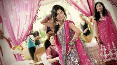 Wedding Song You Look So Beautiful by How To Choose Right Songs From Mehendi Wedding Songs List