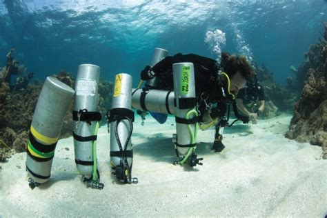tech dive technical diving padi tecrec trimix courses utila