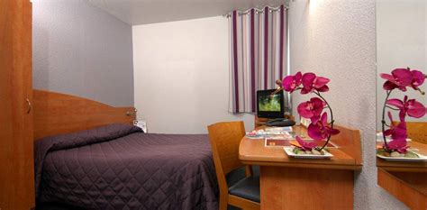 reservation chambre hotel r 233 servation costi 232 res h 244 tel chambre hotel nimes chambre