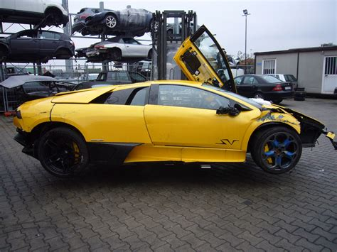 lamborghini crash car crash lamborghini car crash