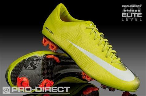 Sepatu Sepak Bola Nike Soccer Mercurial Putih Merah Import sepatu para pemain sepak bola