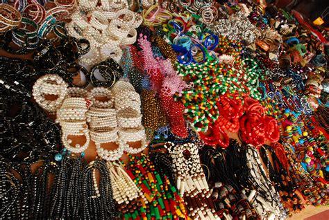 Handicraft Or Handcraft - hiraeth