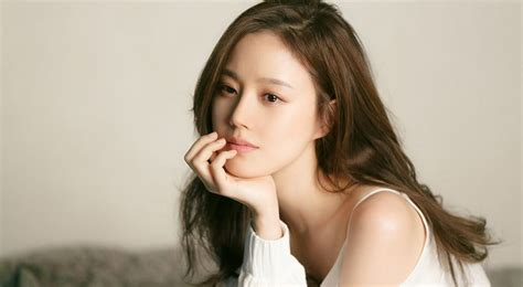 hottest celebrity 2018 top 10 hottest korean female celebrities 2018 trendrr
