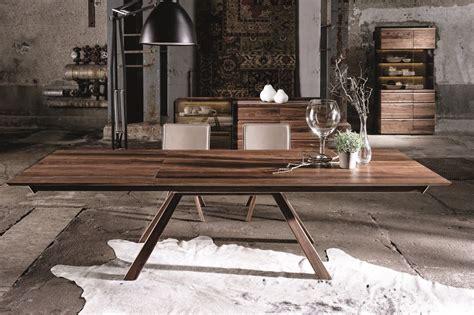 Superbe Meubles Haut De Gamme Contemporain #1: Table-de-repas-design-en-noyer-1.jpg